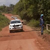 UNOCI team's convoy on the road to Taï, Côte d'Ivoire.